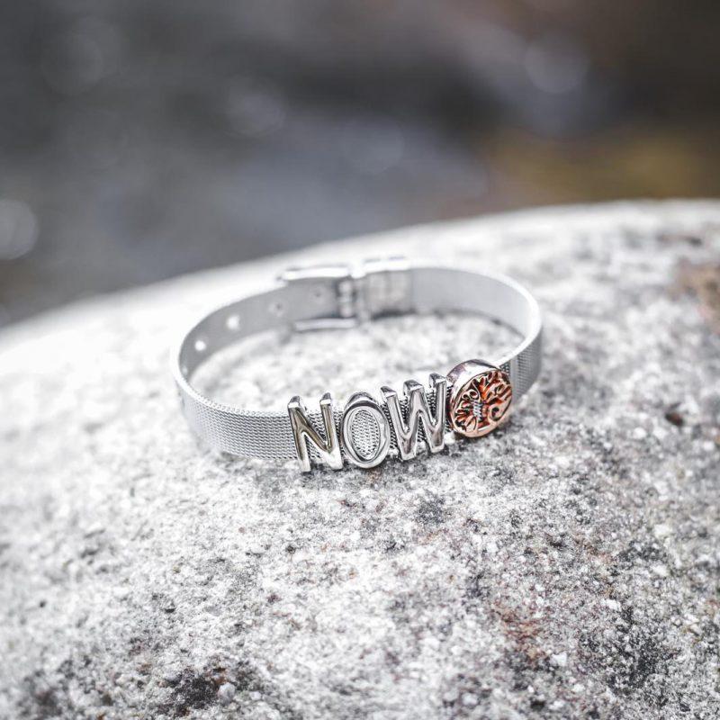 now bracelet product photo